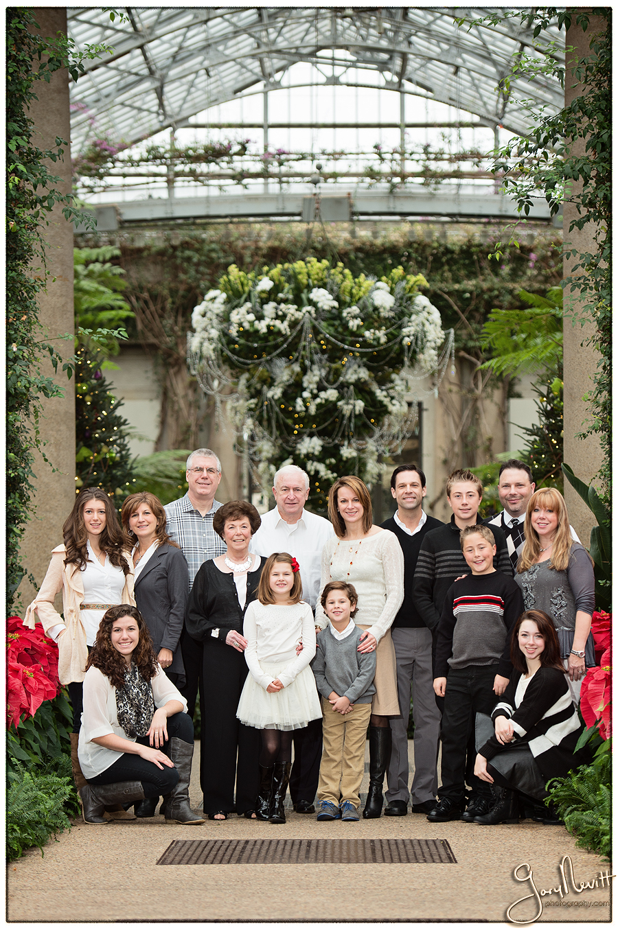 Longwood Gardens Family Portrait - Gary Nevitt Photography - Snowing - Winter - Russo-132