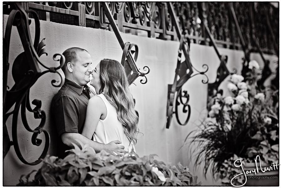 Fazio-Engagement-Pictures-Spruce Street Philadelphia-Gary Nevitt Photogrpahy-1030